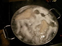 quite possibly the most uninteresting thing in the world: chicken boiling.
